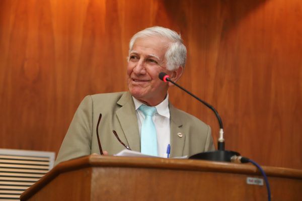 Jorge Antônio Siufi (*) Abrão Razuk