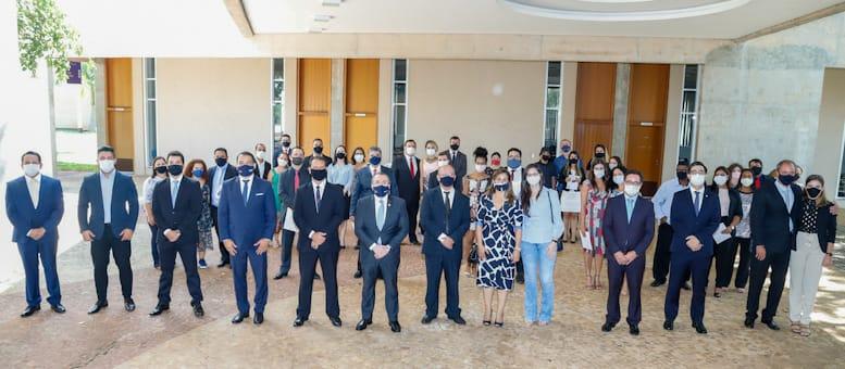 Presidente Mansour reforça a jovens advogados e advogadas atribuições da profissão na defesa ao estado democrático de direito