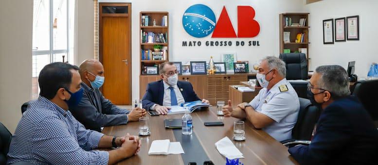 Mansour Karmouche recebe Comandante do 6º Distrito Naval Contra-Almirante Paulo César Bittencourt Ferreira